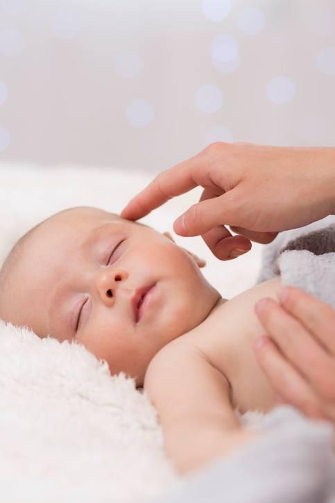 Otros metodos famosos para hacer que el bebe duerma metodo richard ferber dejar solo al bebe
