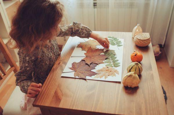 manualidades-para-el-dia-del-medio-ambiente-collage-hojas-istock