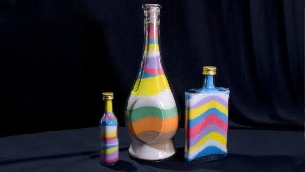 Manualidades para hacer con ninos dias de lluvia botellas sal de colores
