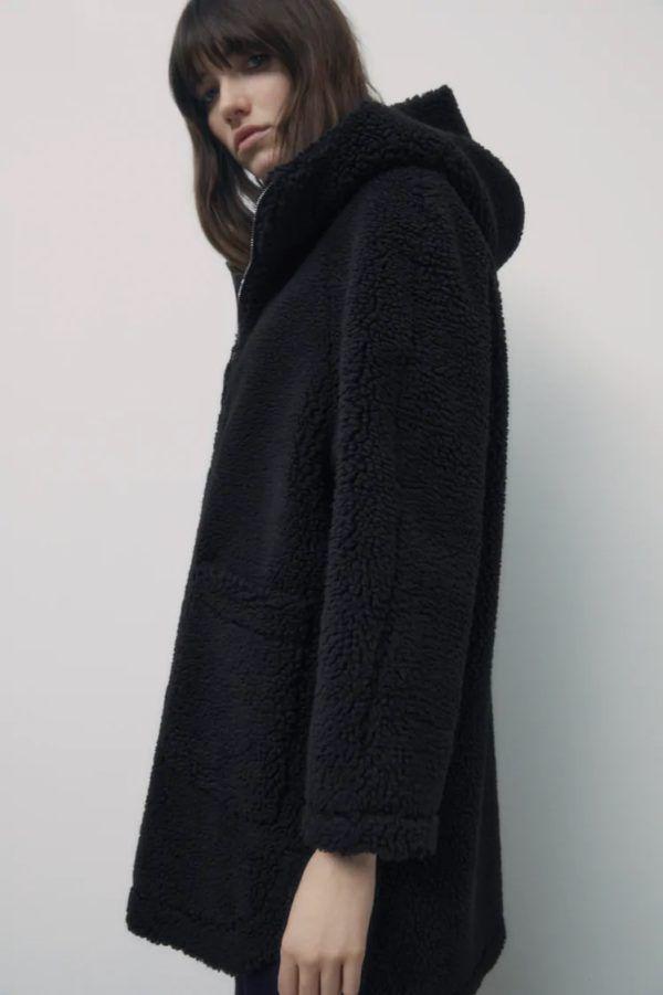 Catalogo zara premama invierno 2021 abrigo doble faz borreguillo