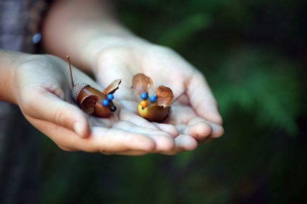 Manualidades para niños día del árbol ratones de bellotas