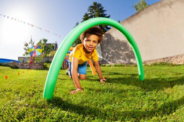 Juegos verano niños obstaculos