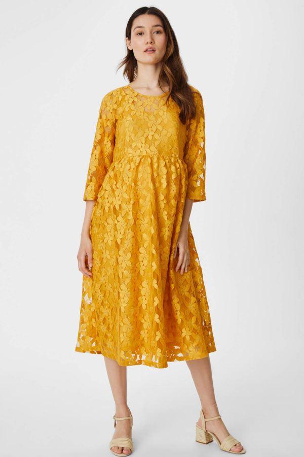 Catalogo cya premama otoño invierno 2021 2022 vestido amarillo