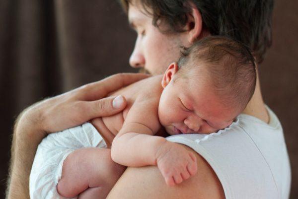 baja-de-paternidad-cuales-son-los-requisitos