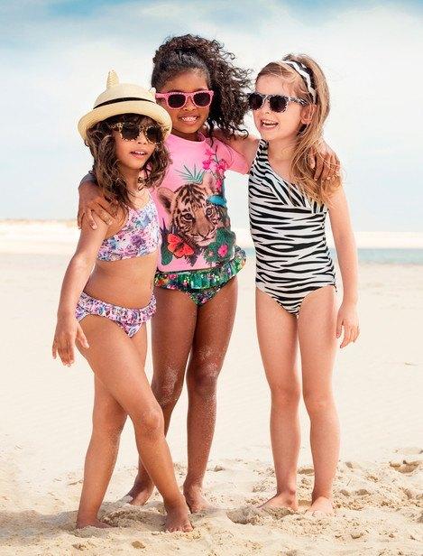 catalogo-hm-ninos-y-ninas-primavera-verano-2014-bañadores-niñas-bikinis