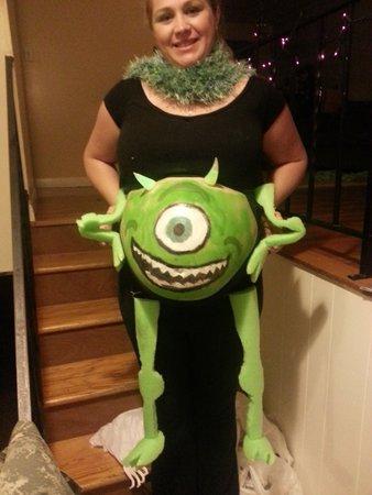 disfraces-halloween-embarazadas-halloween-2015-monstruos-sa