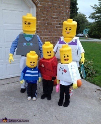 disfraz-carnaval-grupos-familia-legos