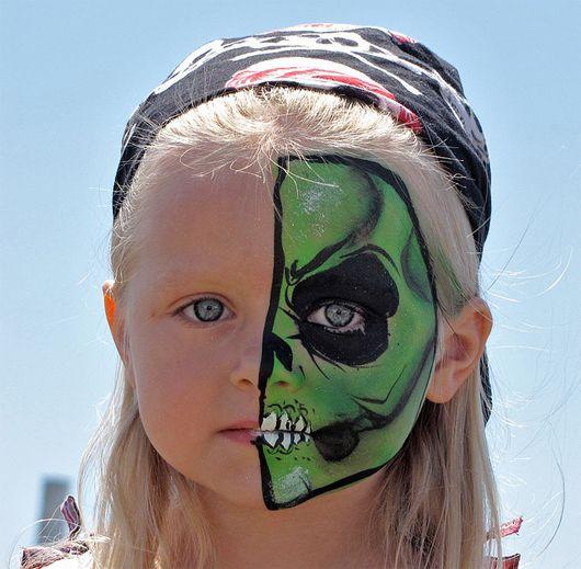 maquillaje-halloween-nino-media-cara-hulk