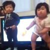 Mirad el baile de un bebé gordito de Corea