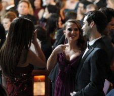 Natalie Portman embarazada y Penélope Cruz juntas en los Oscar 2011