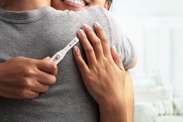 Sintomas de embarazo alegria en pareja