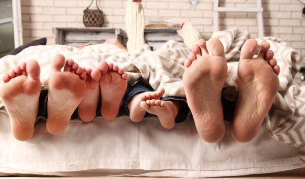 Otros metodos famosos para hacer que el bebe duerma metodo william sears no dormir solos