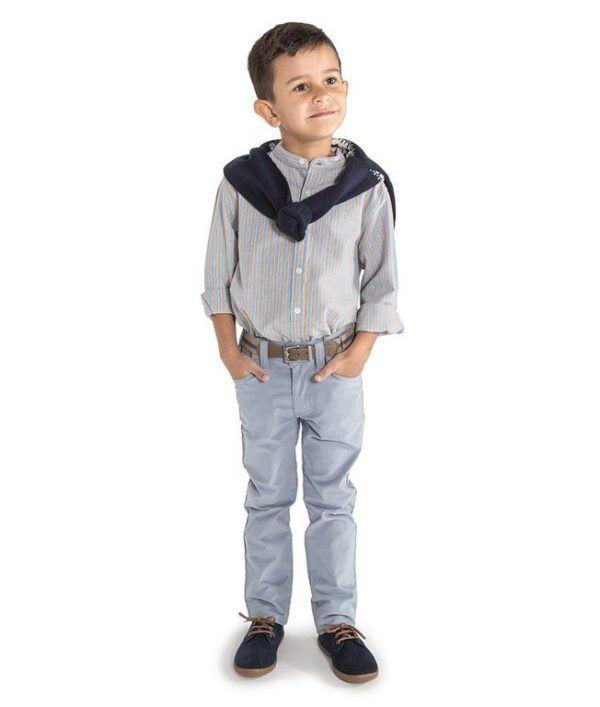 3ab103d5c Para los niños las camisas de rayas y de cuadros son las preferidas en  telas como batista, algodón, todos tejidos que le proporcionen el calor  necesario ...