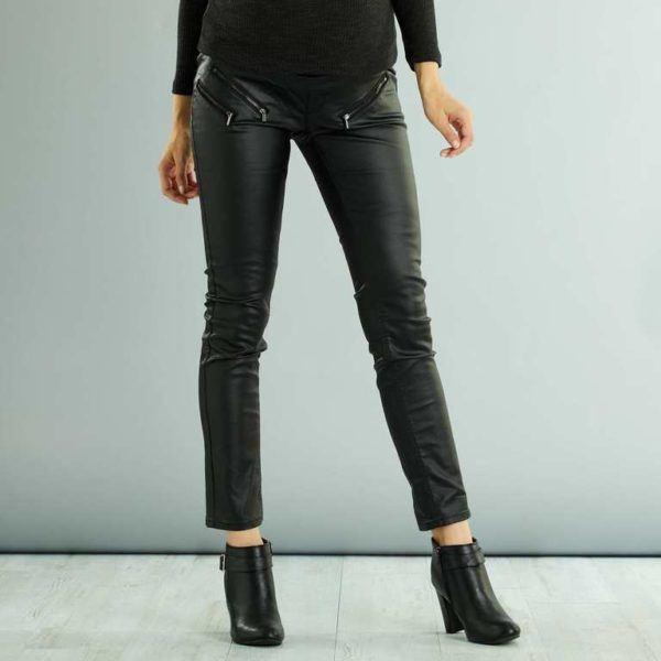 2f26e2a21 Incluso eligiendo pantalones más básicos tienes mucho que ver. No se  limitan al vaquero y al negro y ofertan una gran variedad de colores.