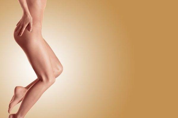 amenorrea-que-es-mujer-cuerpo-inferior-desnudo