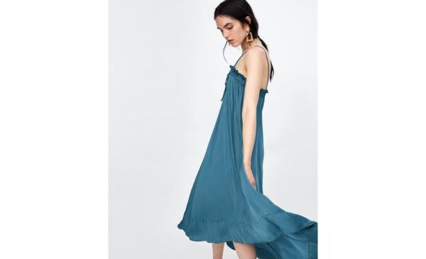 catalogo-zara-premama-verano-vestido-asimetrico-tirantes-azul-con-cola-zara