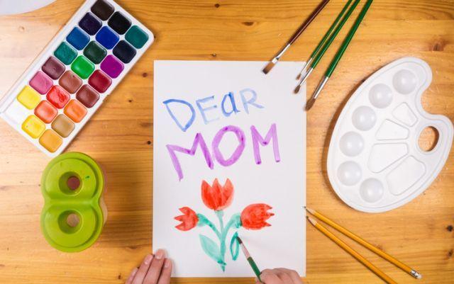 dibujos-para-el-dia-de-la-madre-istock3