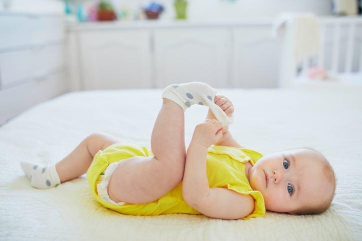 Como quitar el hipo a un bebe agua susto