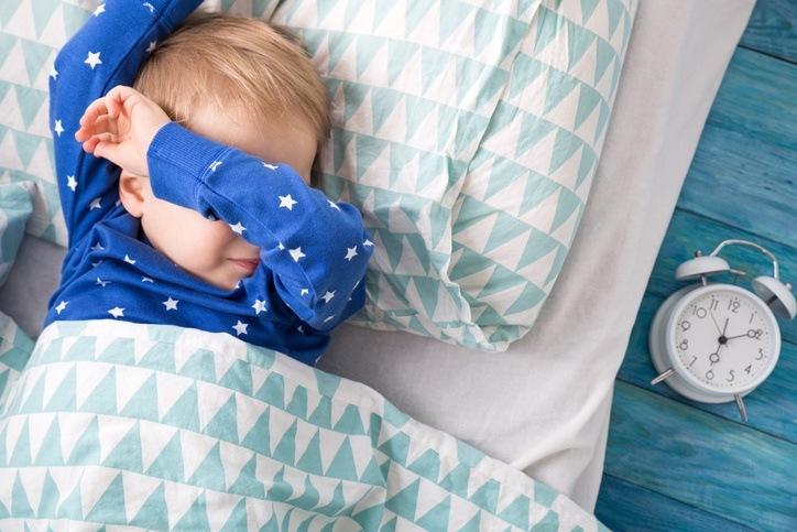Que es el ruido blanco para los bebes por que calma