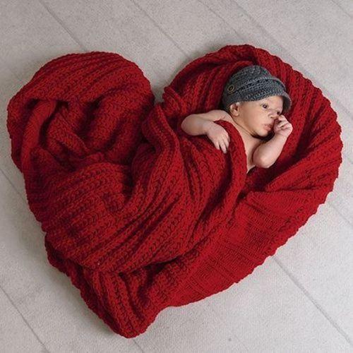 idas-de-fotos-creativas-para-recien-nacidos-bebe-corazon-pinterest-tugatocurioso