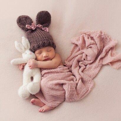 idas-de-fotos-creativas-para-recien-nacidos-conejo-gorro-pinterest-tendoplan