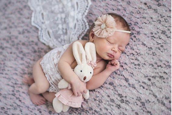 idas-de-fotos-creativas-para-recien-nacidos-flor-pinterest-creadictos