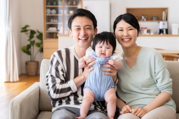 nombres-japoneses-para-bebe-nina-y-papas-istock
