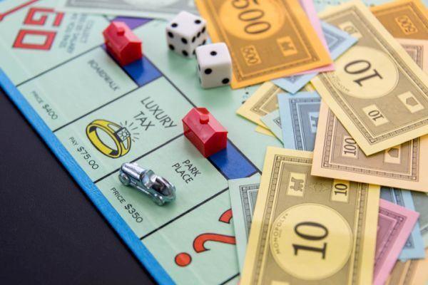 mejores-juegos-de-mesa-para-ninos-monopoly-istock