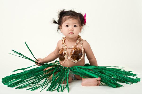 nombres-hawaianos-para-bebes-nina-istock