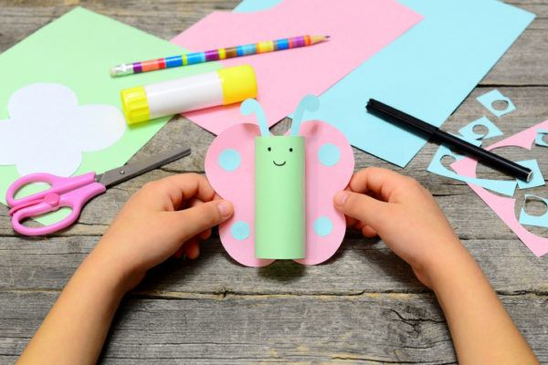 Manualidades para hacer con ninos dias de lluvia rollos de papel higienico