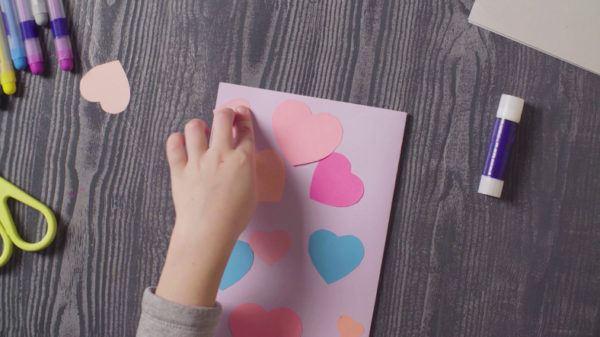 Manualidades para hacer con ninos dias de lluvia tarjetas con cartulina