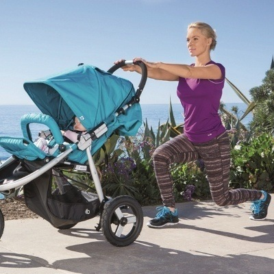 5-ejercicios-que-puede-hacer-una-madre-con-su-cochecito-o-carrito-de-bebe