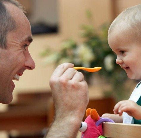 dar cereales al bebe