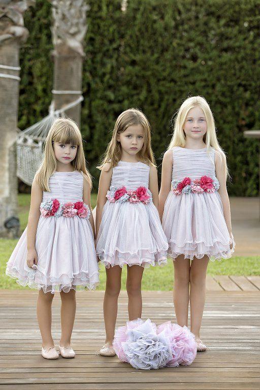 amaya-moda-infantil-coleccion-2015-coleccion-ceremonia-vestidos-blancos-detalles-de-flores