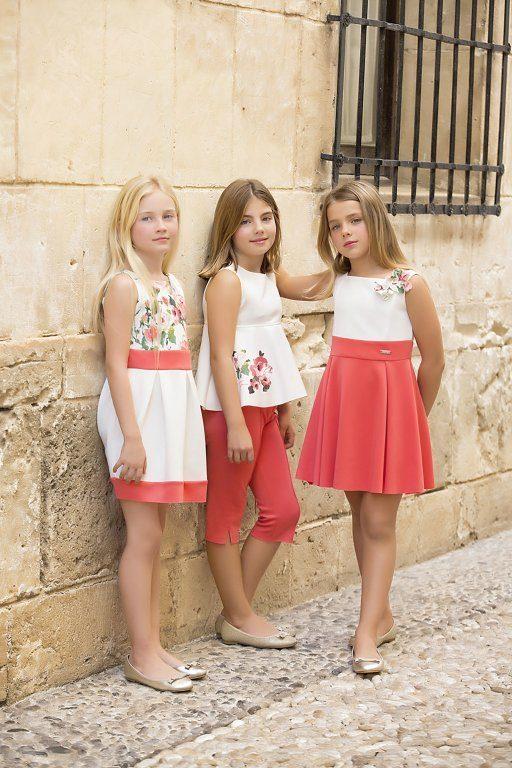 amaya-moda-infantil-coleccion-2015-coleccion-classic-propuestas-color-vestidos-leggings