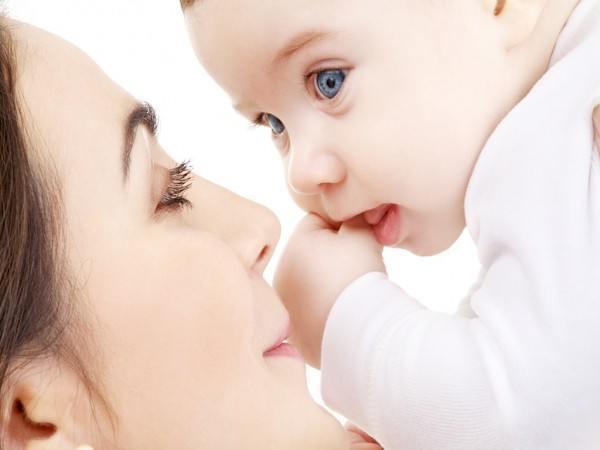 ayudas-por-maternidad-2014-madres-autonomas