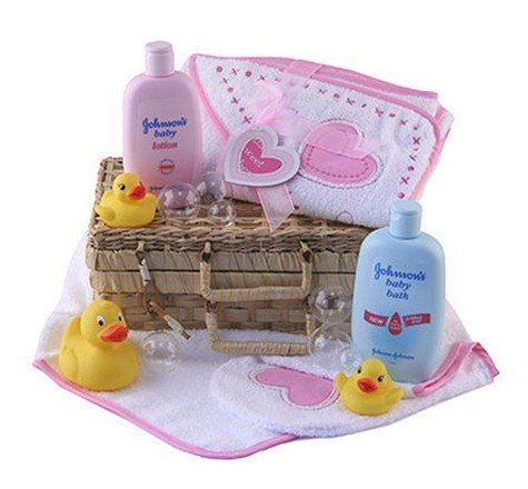 baby-bath-time-gift-basket-pink