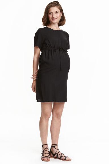 catalogo-H&M-premama-otoño-invierno-2017-vestido-ligero