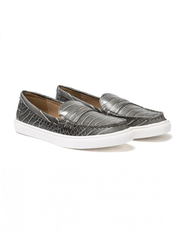 catalogo-benetton-premama-2016-zapatos