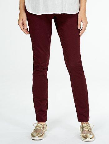 catalogo-kiabi-prepapa-otoño-invierno-pantalones-rojos