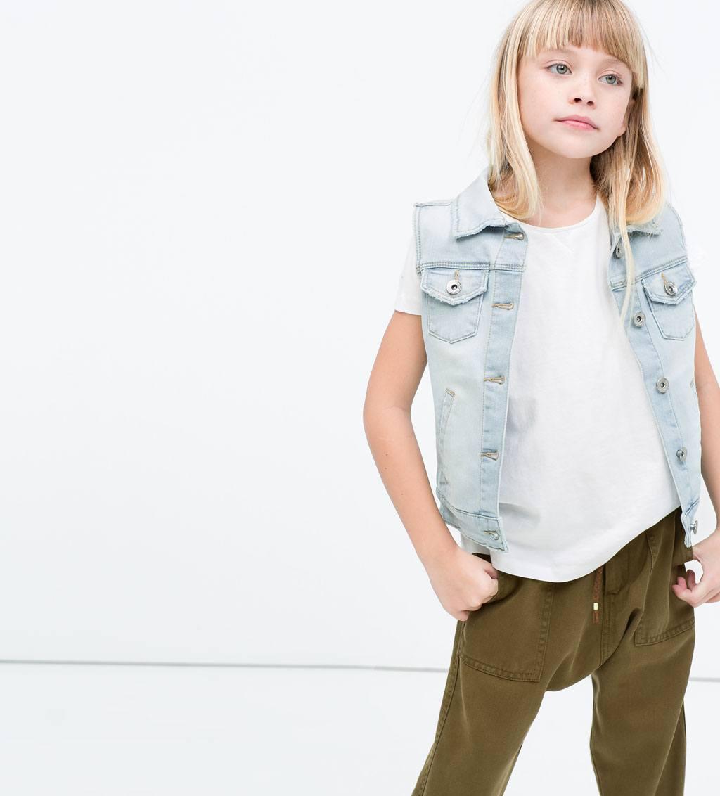 Catalogo zara ninos 2015 moda ni as chaleco denim camiseta - Catalogo de zara ninos ...