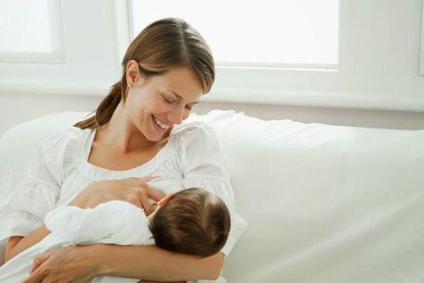 como-evitar-el-colico-del-bebe