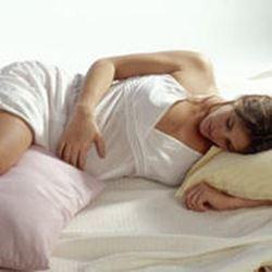 embarazada-en-cama_article