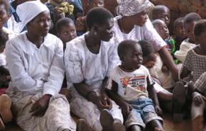 250.000 mujeres mueren en África por complicaciones en el parto