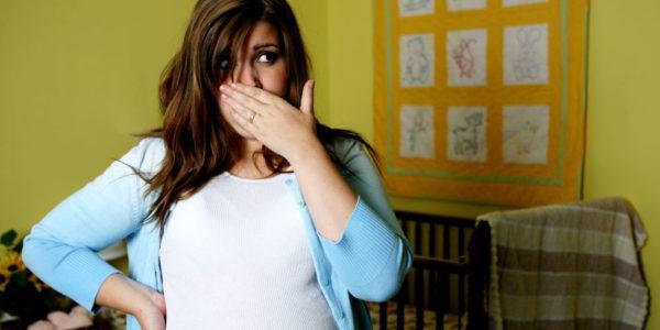evitar-nauseas-en-el-embarazo-riesgo-aborto
