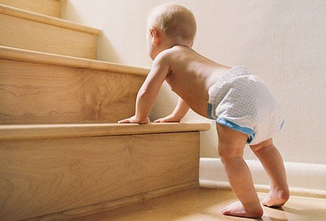 getty_rf_photo_of_baby_cruising_on_stairs