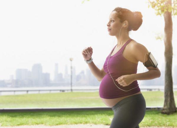 hacer-ejercicio-durante-el-embarazo