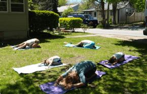 Hacer yoga con los niños