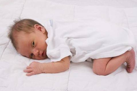 juego bebé primeros días