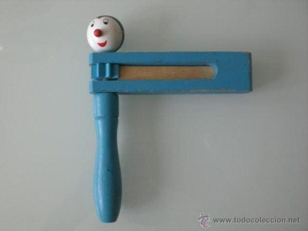 juguete-carraca-de-madera